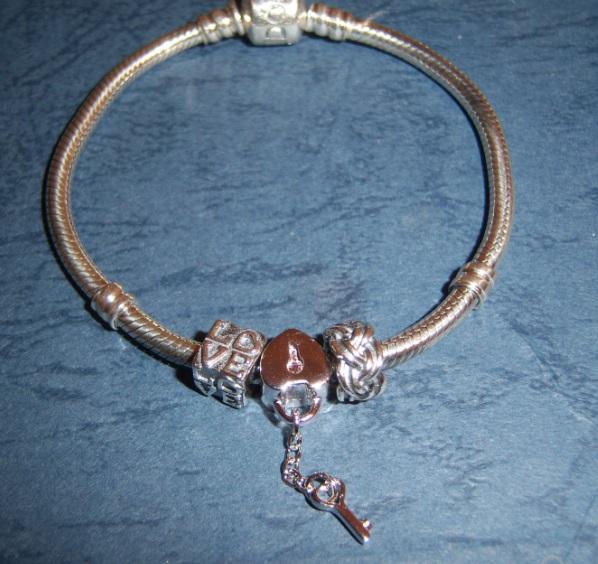 Сбор заказов. Распродажа Pandora-реплика бренда. Есть серебро 925 пробы. Клевые браслеты от 250 руб. Стоп 11.09.
