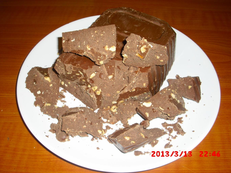Раздача недовложения шоколада.