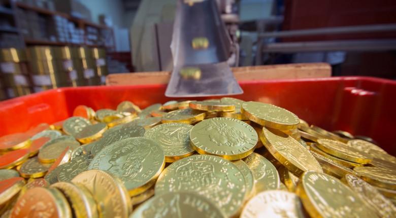 Сбор заказов.Шоколад для души и праздника:слитки,медали,монеты,оригинальные наборы и пеналы,занимательные шоколадные фигурки.Красиво и вкусно.Отличные цены.