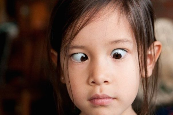 Ваш нос всегда находится в поле вашего зрения. Но ваш мозг запрограммирован его не замечать. Только не говорите, что только что посмотрели на нос...