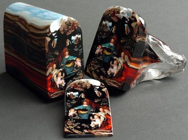 Миллефиори старинная техника итальянских стеклодувов, при которой рисунок на стекле формируется по всей длине