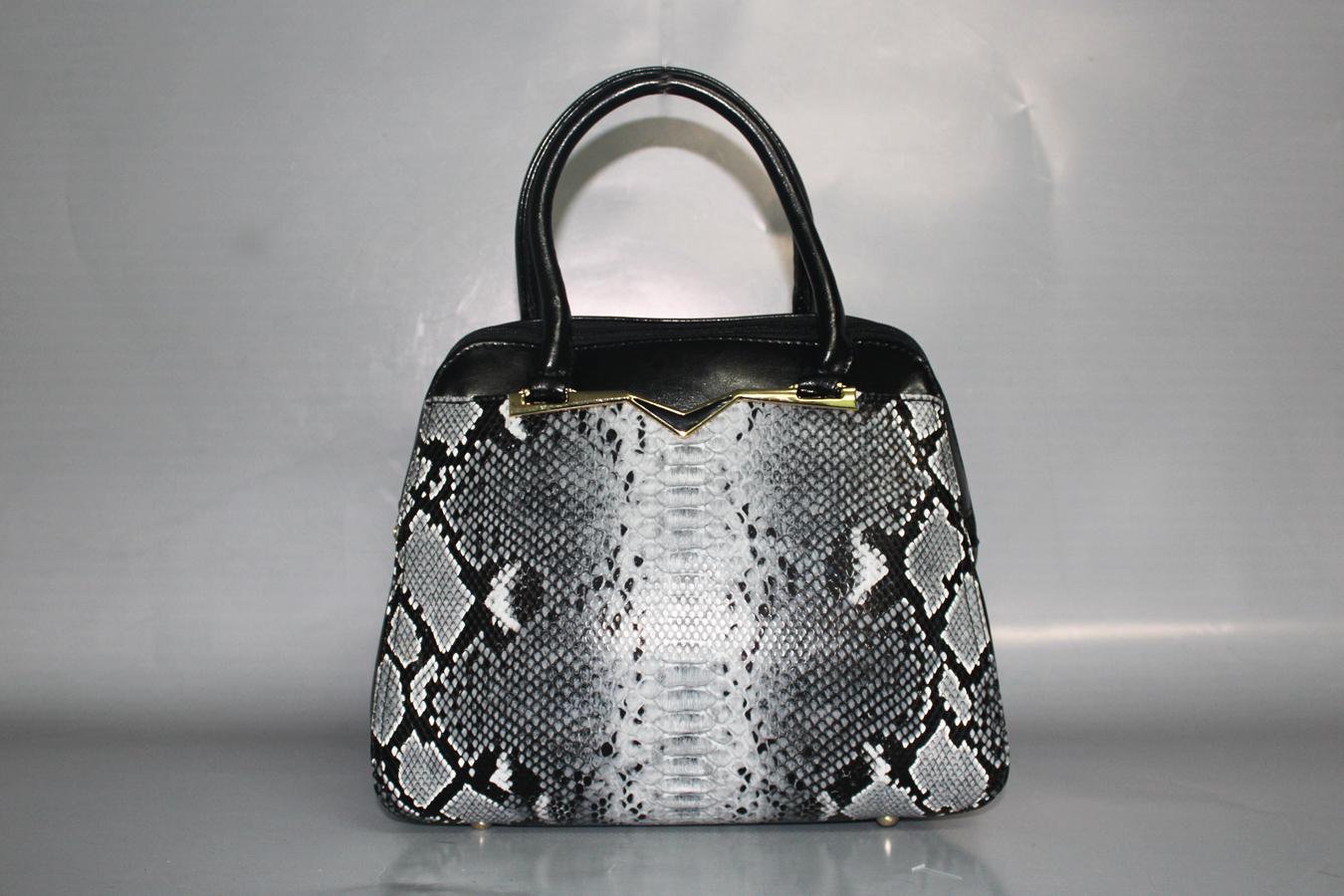 Сумки osso новая коллекция+ косметички от 49руб., мужские от 210руб.,спортивные и дорожные сумки от 300руб., сумки для