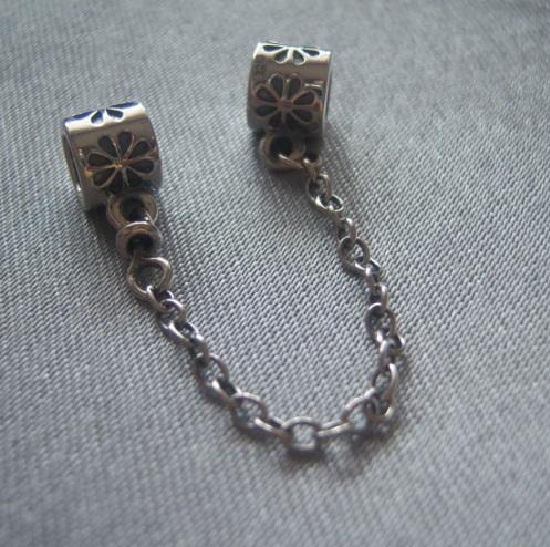 Распродажа Pandora-реплика бренда. Клёвые яркие браслеты и шармы. Серебро 925 пробы. Стоп 01.10.