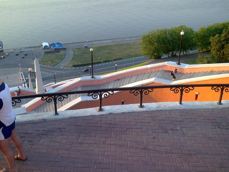 Чкаловская лестница - ожерелье на Волжском откосе - отличная смотровая площадка...