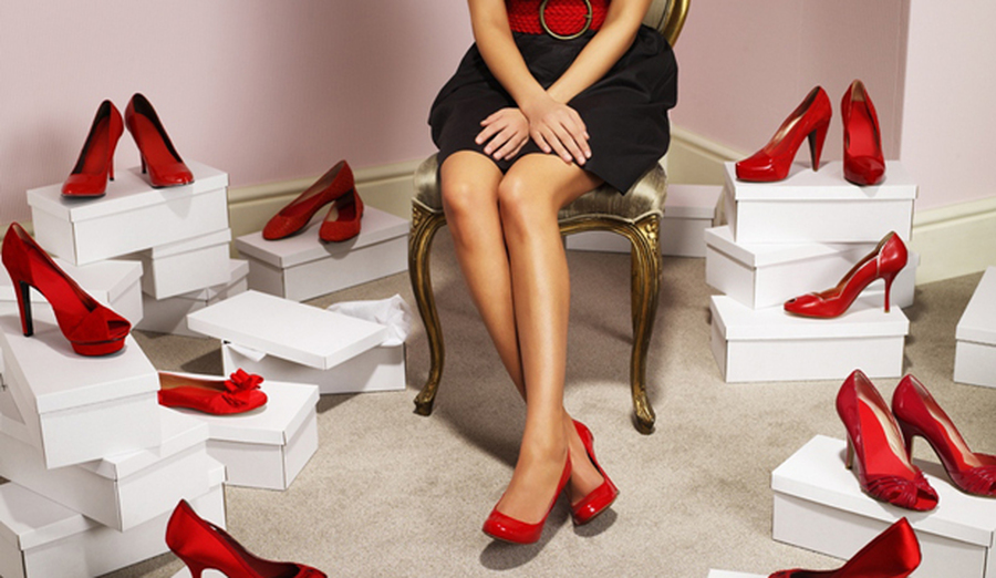 Обувь на все сезоны. Мужской и женский ассортимент. Много осенних моделей, огромное кол-во распродажи.