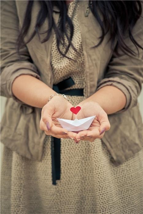 С любовью ко всем открытым сердцам, а те кто еще не решился - не сомневайтесь это того стоит!.