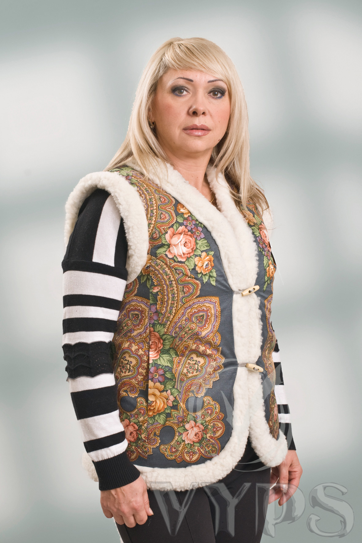 Сбор заказов. Утепляемся, жилеты и куртки из овчины - для женщин и мужчин. Цены от 600 руб - детские модели, взрослые от 1000 руб. Без рядов.