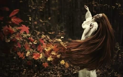 Чем длиньше волосы - тем чаще осавляешь следы...