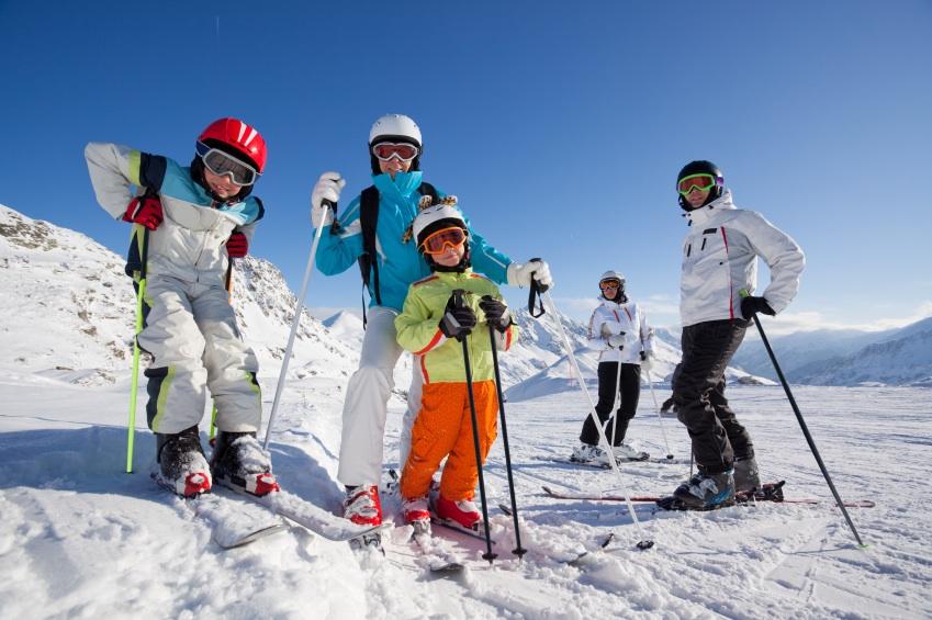 Встречаем зиму! Спорттовары с сайта Prоtеus-7: все для спорта, бассейна, фитнеса, коньки, лыжи, ледянки, санки, тренажеры, спорткомплексы, единоборства, и многое другое