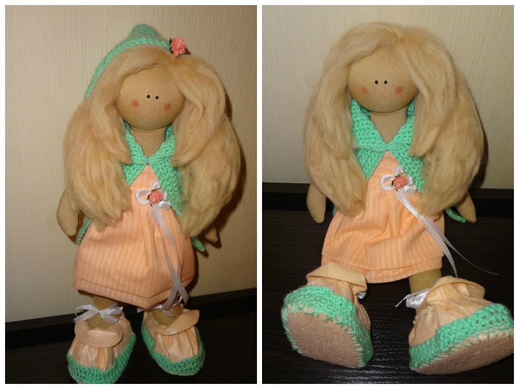 Кукла Кристина. 40 см. Текстильная, интерьерная. Стоит и сидит самостоятельно, вся одежда снимается