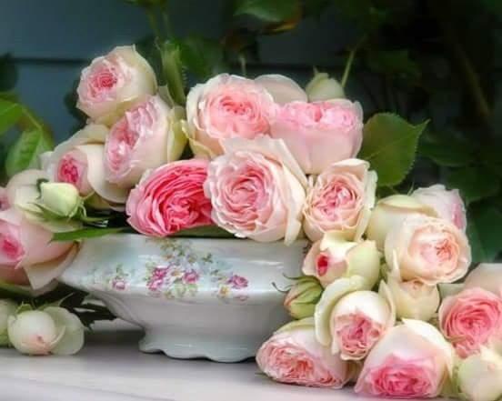 Ну ,что вам ещё сказать?....Будьте счастливы, улыбнитесь...и передайте дальше!!!....))))))