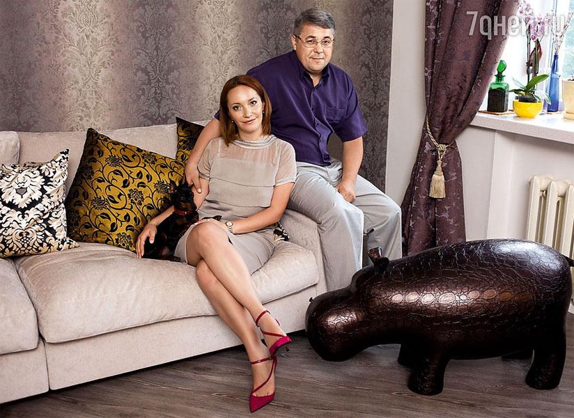 Сбор заказов. Элитная мебель, предметы интерьера, аксессуары для гостиной, прихожей, кухни, рабочего кабинета. B-o-g-a-c-h-o - мода Вашего дома.