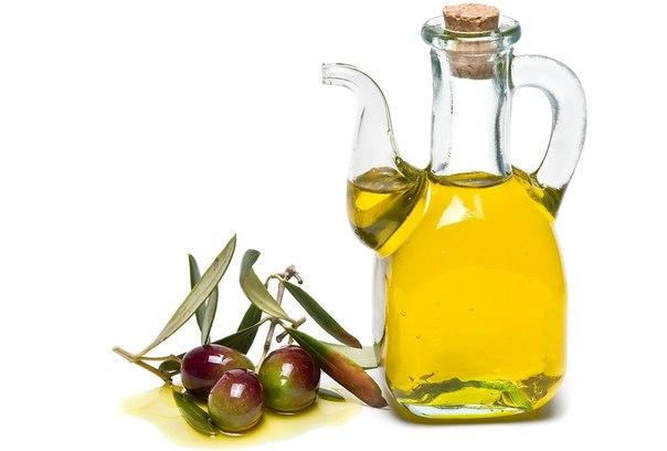 10 способов применения оливкового масла для красоты