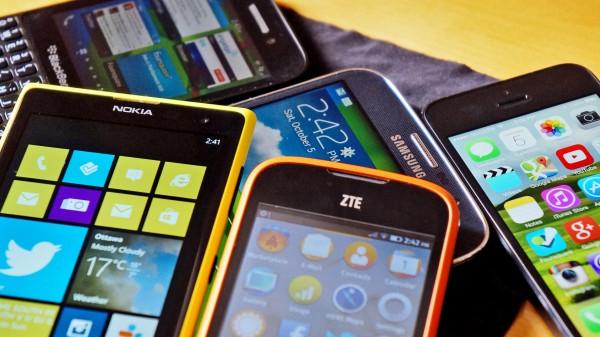 В III квартале 2015 года мировые продажи смартфонов выросли на 15,5%