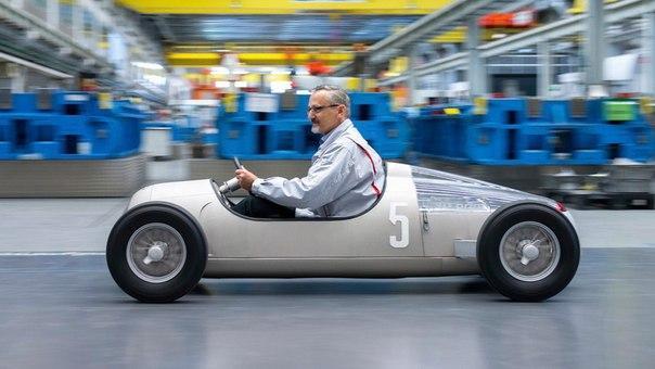 Audi напечатала на 3D-принтере авто 1936 года
