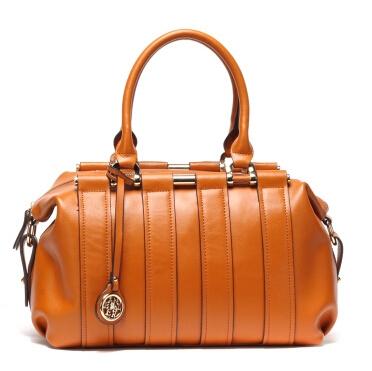 Сумки с великолепным дизайном и превосходным качеством. Они добавят очарования и элегантности каждой женщине.Так же есть сумки и ремни для мужчин, рюкзаки для детей. Выкуп 2