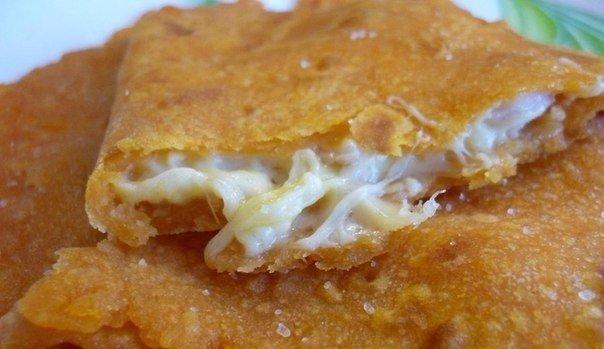 Лепешки с сырной начинкой Муж в восторге