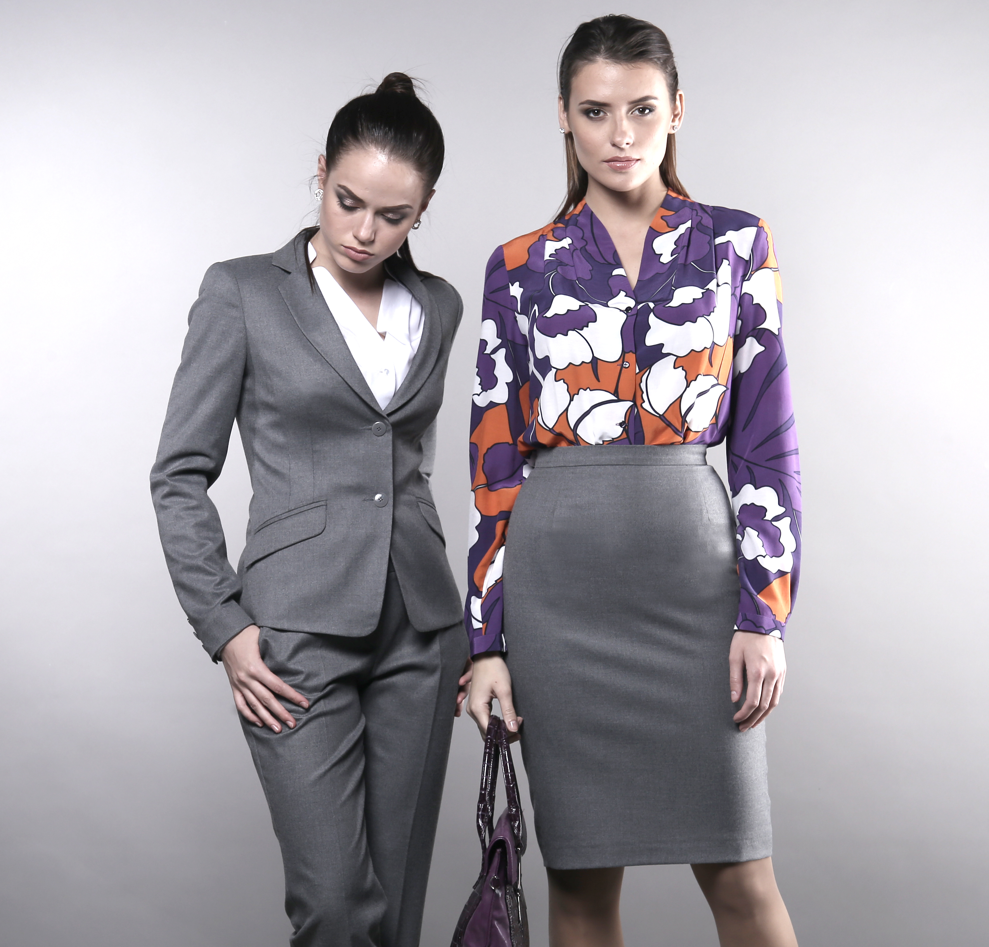 Приглашаю в закупку дизайнерской женской одежды,вечерние платья, офисные решения, блузки, юбки, брюки... Идеальный крой идеальная посадка!