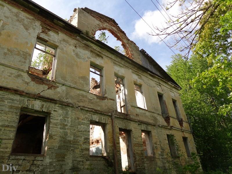 Самые красивые руины вокруг Петербурга