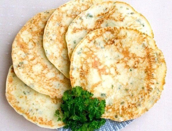 Сырные лепешки с зеленью