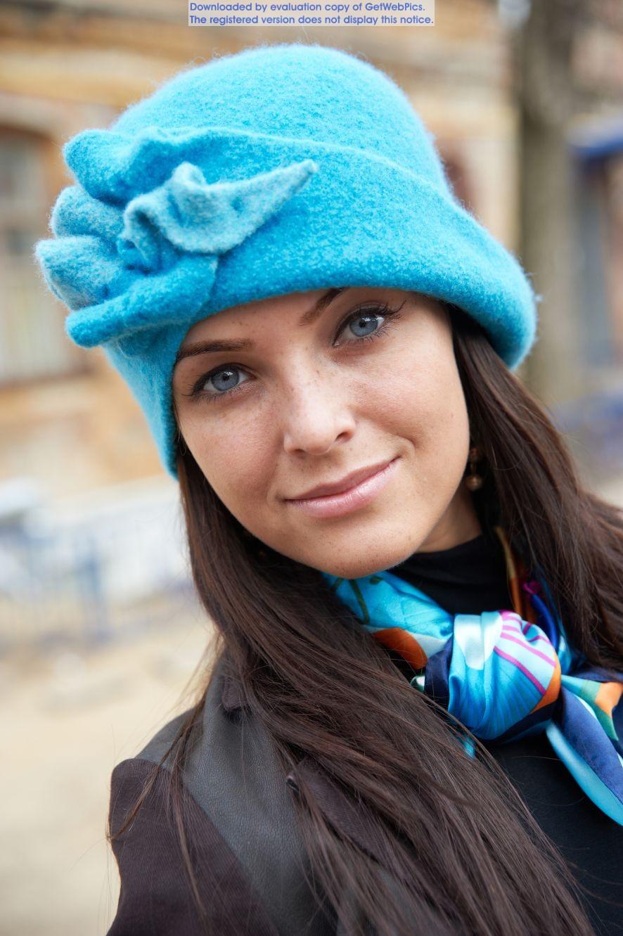 Сбор заказов.Очень красивые и качественные шапочки из 100% шерсти.Идеально для пальто и шубок. Ручная работа. Дешево!Цвет и фасон на Ваш выбор!Выкуп-3.