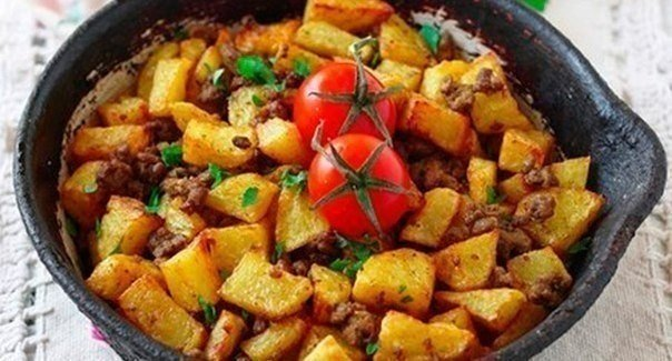 Жареный картофель с фаршем