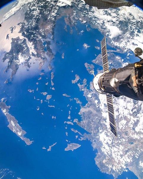 Вид на Грецию с МКС