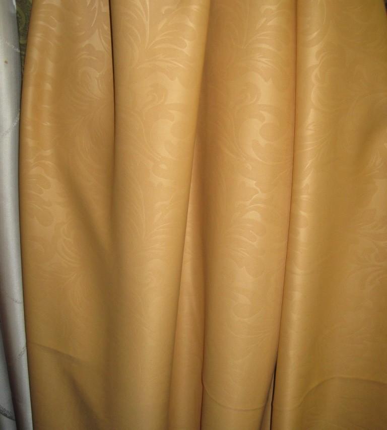 Пристраиваю готовые шторы из ткани блэкаут