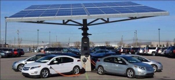 Стоянка с зарядкой, работающей на солнечной энергии