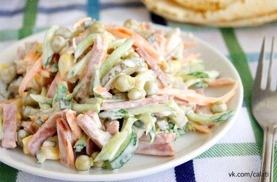 Очень простой и вкусный салатик!