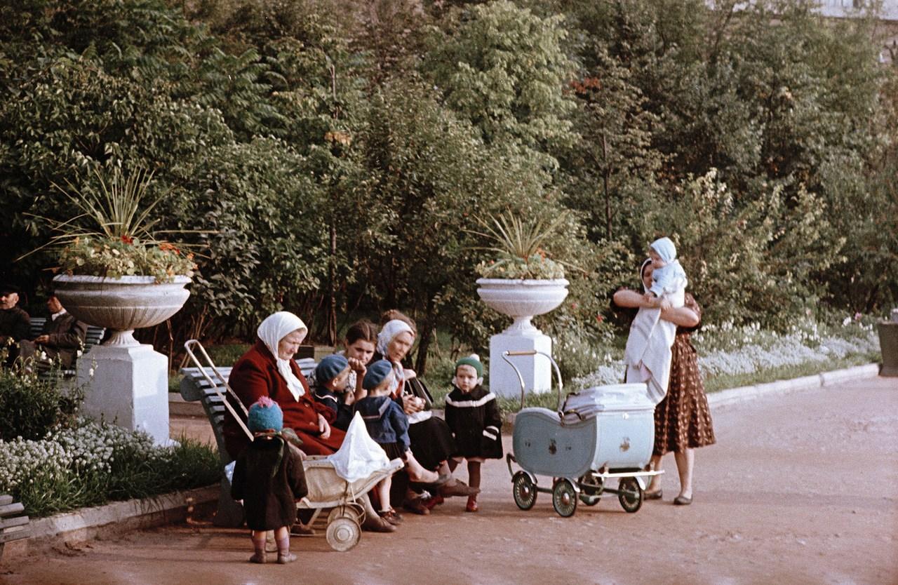 Горький в конце 1950-х на снимках С. Фридлянда