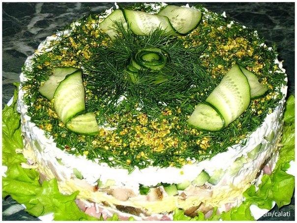 Для новогоднего стола вкусненький салатик