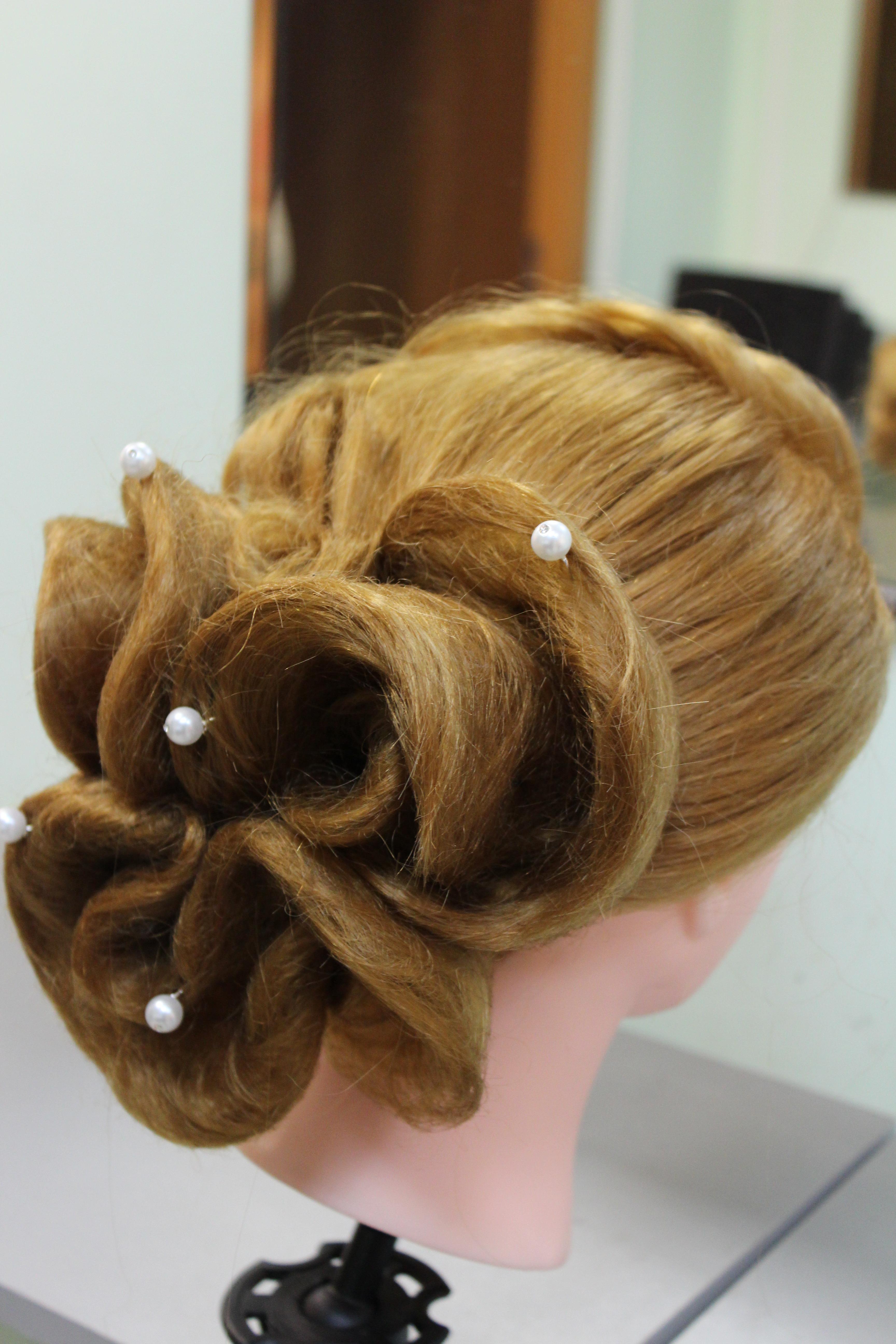 Сбор заказов. Прически, косы красиво, аккуратно и недорого от 300 рублей.