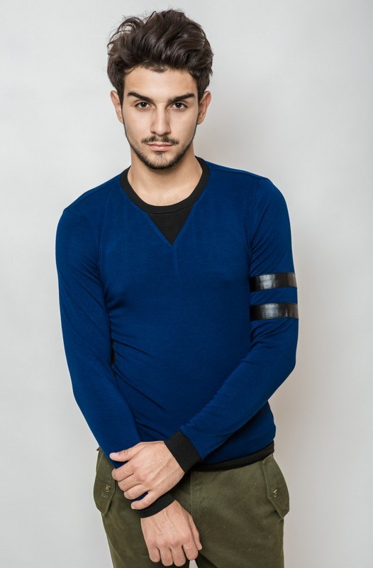 Сбор заказов. Стильный и дизайнерский мужской трикотаж для красивых мужчин ! Модные куртки , свитера , пуловеры , пиджаки , рубашки , футболки , шорты , бриджи и брюки . Без рядов.