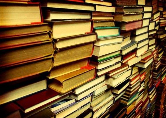 Книжный развал-10. Уценённые журналы и книги разных издательств.