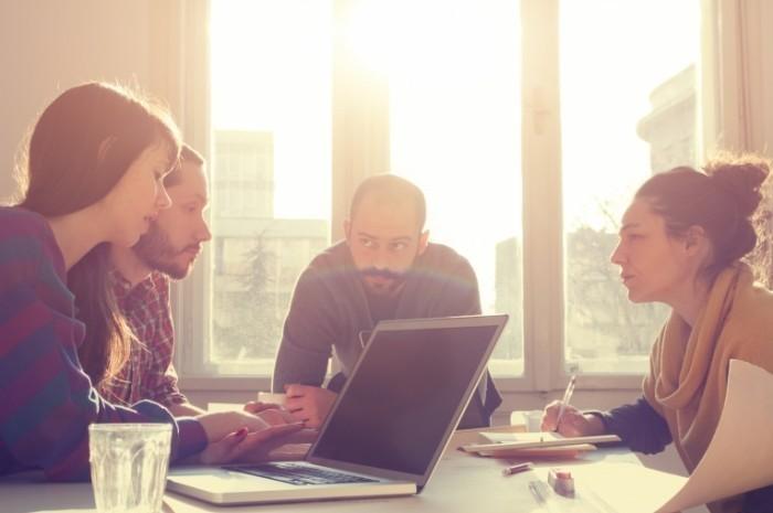 Как построить диалог с начальством и подчиненными?