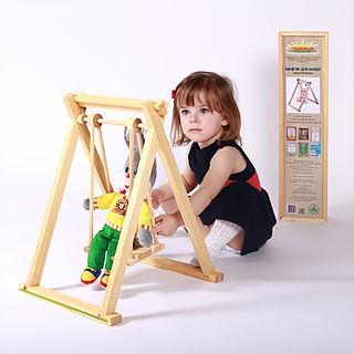 Тема сбора: Потрясающие деревянные игрушки от фабрики Дворики. Двухъярусные кроватки, домики с мебелью, качели