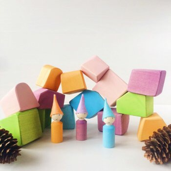ТЕМА Сбор заказов. Игрушки на которые вдохновляет лес, смех, детство, природные красоты и сказки. Деревянные игрушки - лучшие для детских игр.