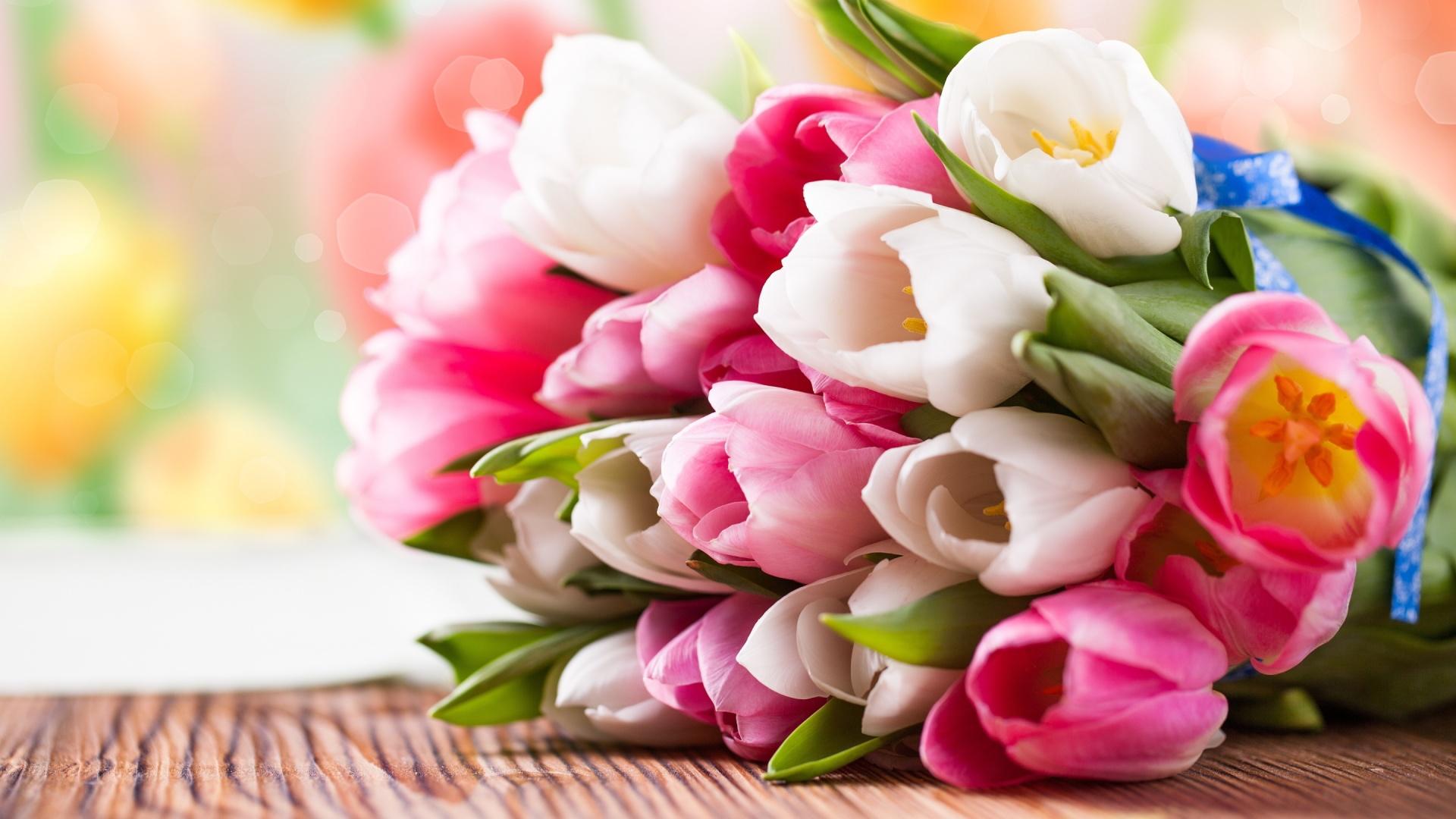 Девочки! Поздравляю всех вас с Праздником 8 Марта!!