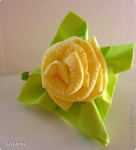 Роза из салфеток как, украшение стола