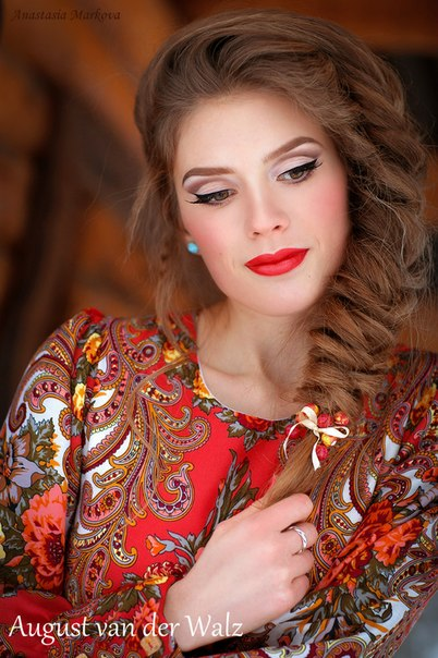 Сверка-дозаказ. Подарите себе роскошь цветов. Дизайнерские платья от Модного Дома Северной Венеции.
