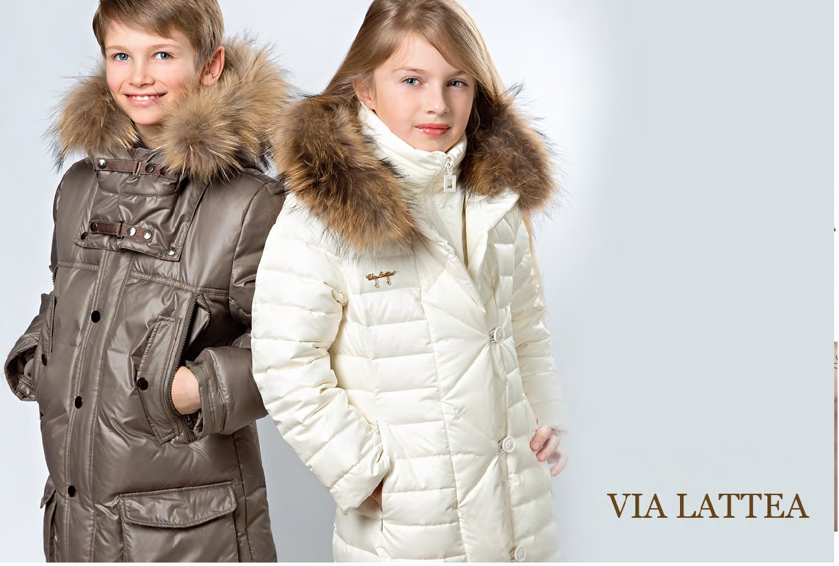 Сбор заказов. Распродажа и коллекция зима по старым ценам! Детки в центре внимания в верхней одежде знаменитого итальянского бренда! Шикарные куртки и пуховики, которые хотят носить даже мамы.