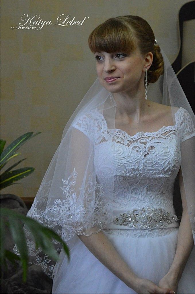 Прически, косы, макияж на свадьбу, выпускной и торжество
