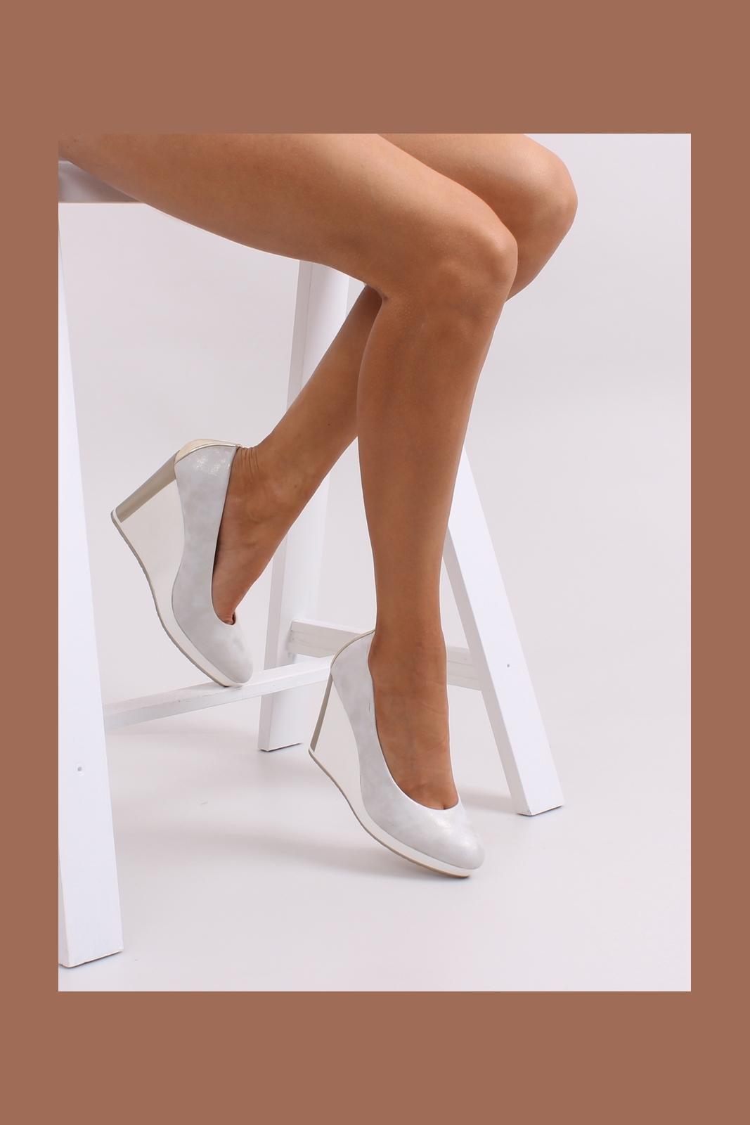 Сбор заказов. Огромный выбор качественной, супермодной обуви польского производителя Denley. Туфли, сапоги, ботинки