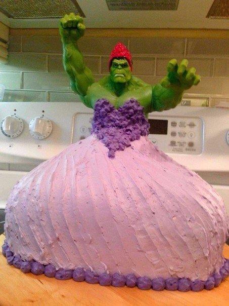 Когда у Вас 4-х летние двойняшки и у них день рождение, мальчик хотел торт с Халком, а девочка с принцессой