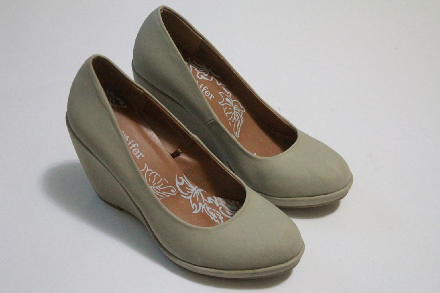 Сбор заказов. Большой выбор обуви со скидкой 60-80 %. Много моделей из натуральной кожи, замиа, меха! Туфли, сапоги, ботильоны, ботинки.