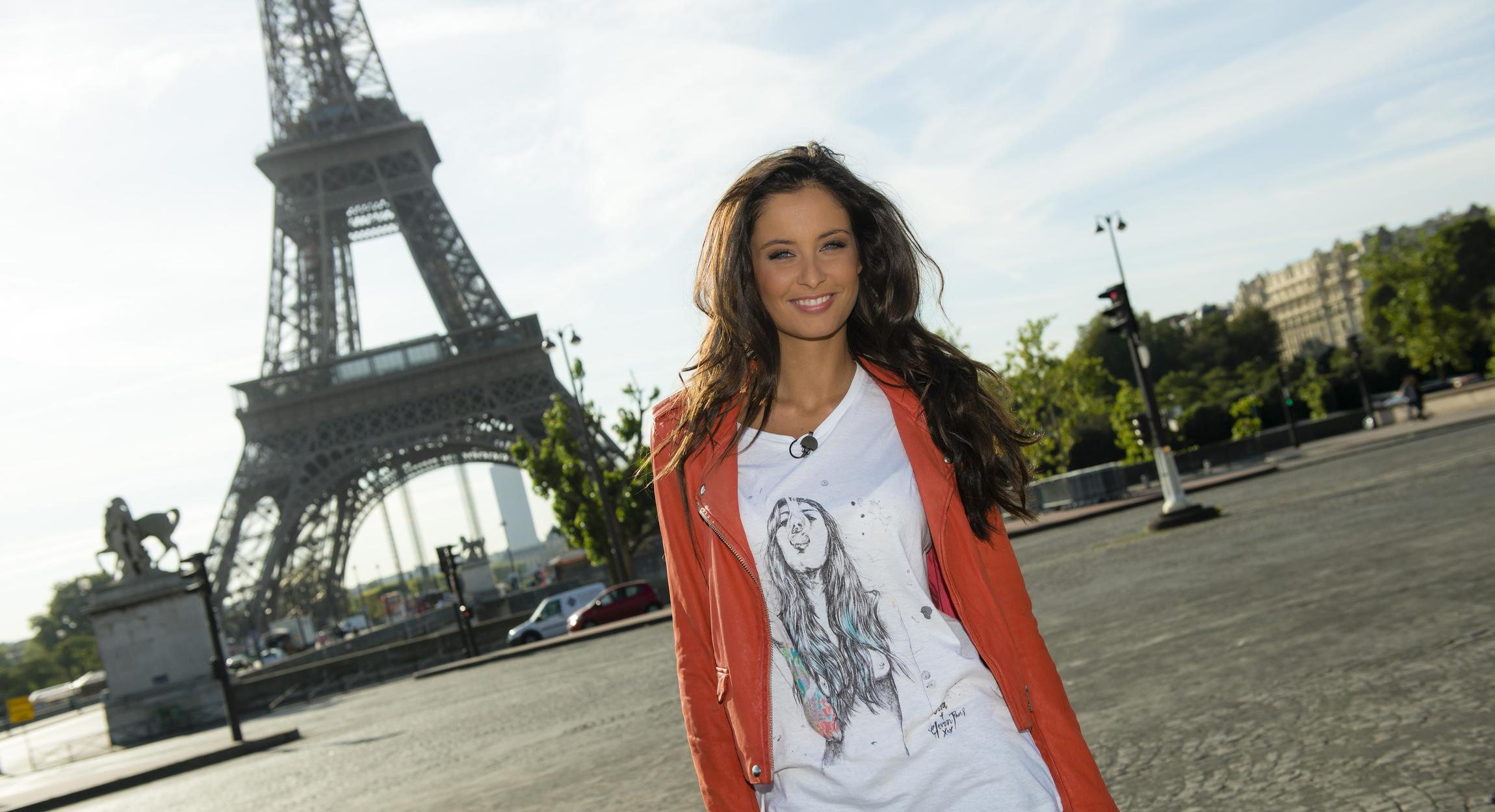 Мисс Франция Малика Менар: Англичане вели себя по хамски, а русские их проучили