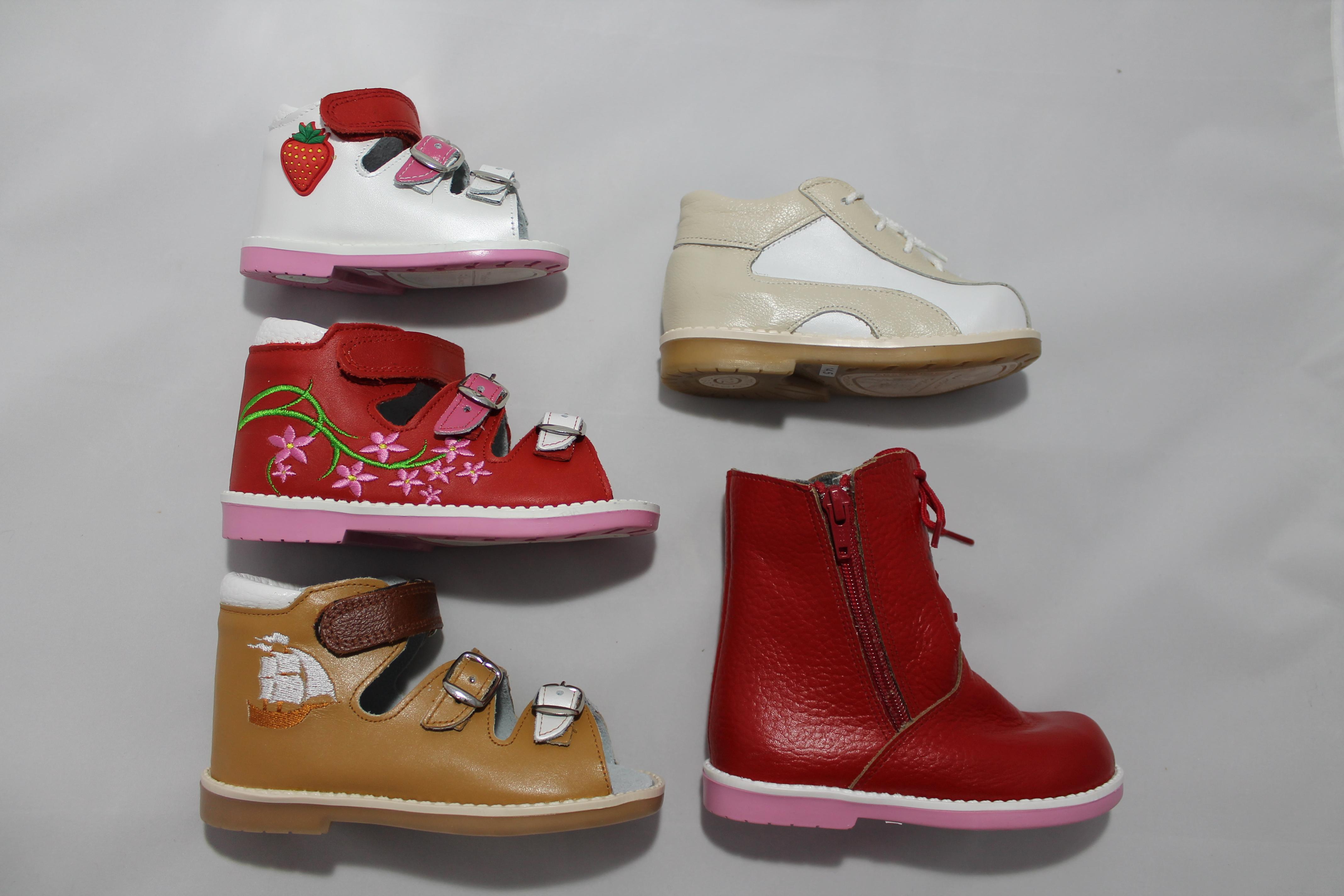 Сбор заказов. Детская Богородская обувная фабрика. Орто-сандалии 790 руб,классика от 200 руб (внутри натур кожа+ ортостелька), ботиночки, чешки, тапочки, пинетки. Без рядов. Консультирую по подбору нужного размера. Выкуп 14