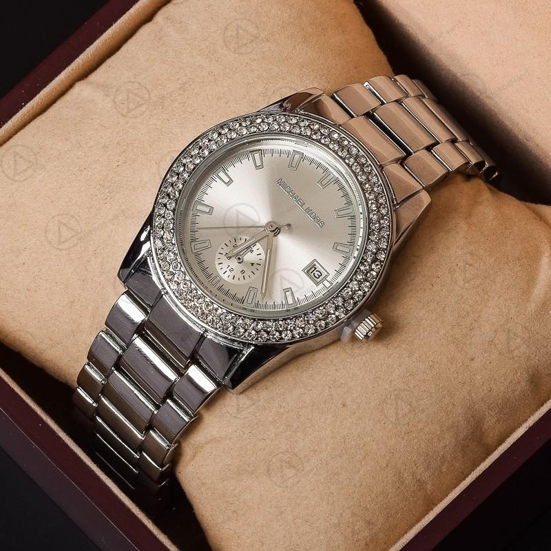 Сбор заказов. Много брендовых часов, солнцезащитных очков сумок и полюбившим всем расчесок tangleteezer. Готовимся к лету 2016 . Выкуп 7
