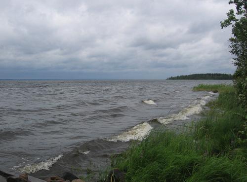 Молитва помогла выжить на озере в Карелии.